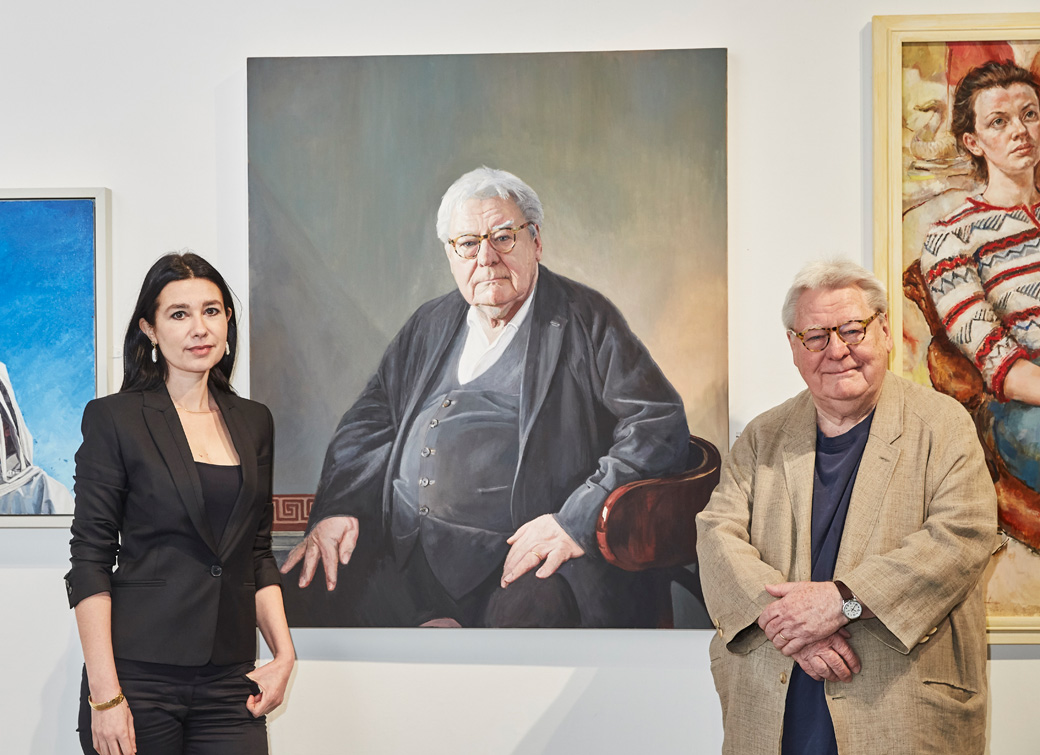 Hero Johnson with Sir Alan Parker at the Royal Society of Portrait Painters 2018.
